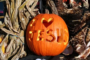 i-love-jesus-pumpkin