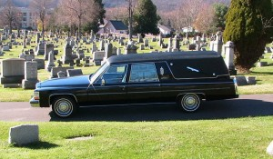 35936d1157857329-got-any-cool-cars-cemetery-photos-hearse3