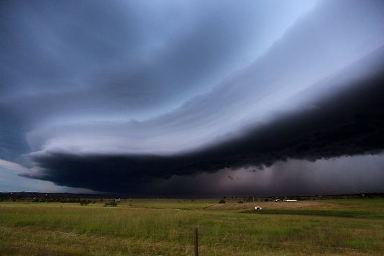 Midwestern storm soon to create straight-line winds . . .